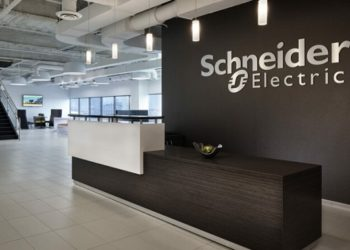Schneider Electric выпустила русскоязычную версию облачного приложения для управления энергоснабжением